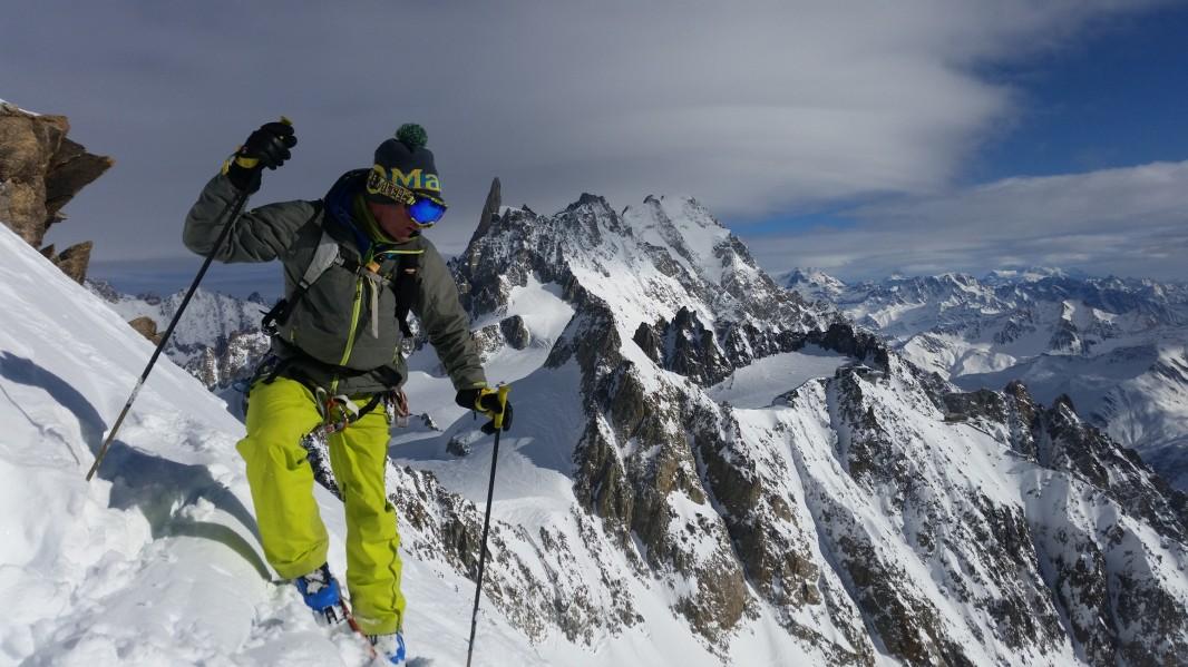 face sud des aiguilles d'Entrèves à ski