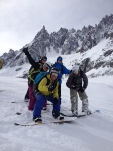 Devenir moniteur de snowboard en Suisse
