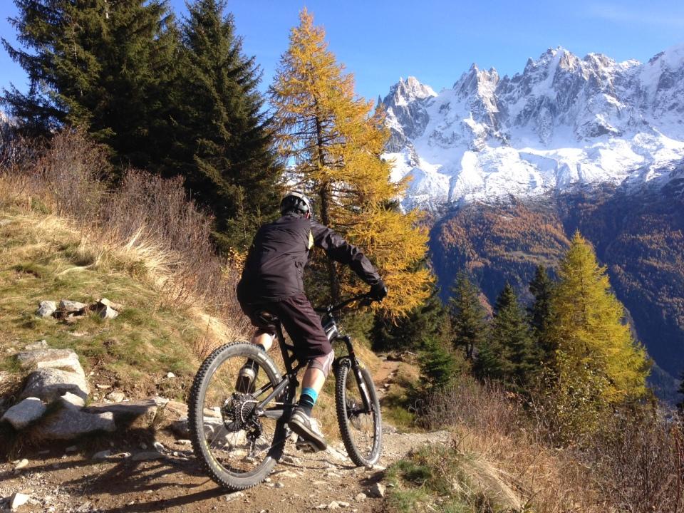 Descente exceptionelle sur Chamonix depuis Plampraz par la Charlanon