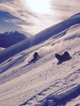 Lancebranlette est un petit sommet frontalier entre france et italie au dessus du col du petit saint bernard.