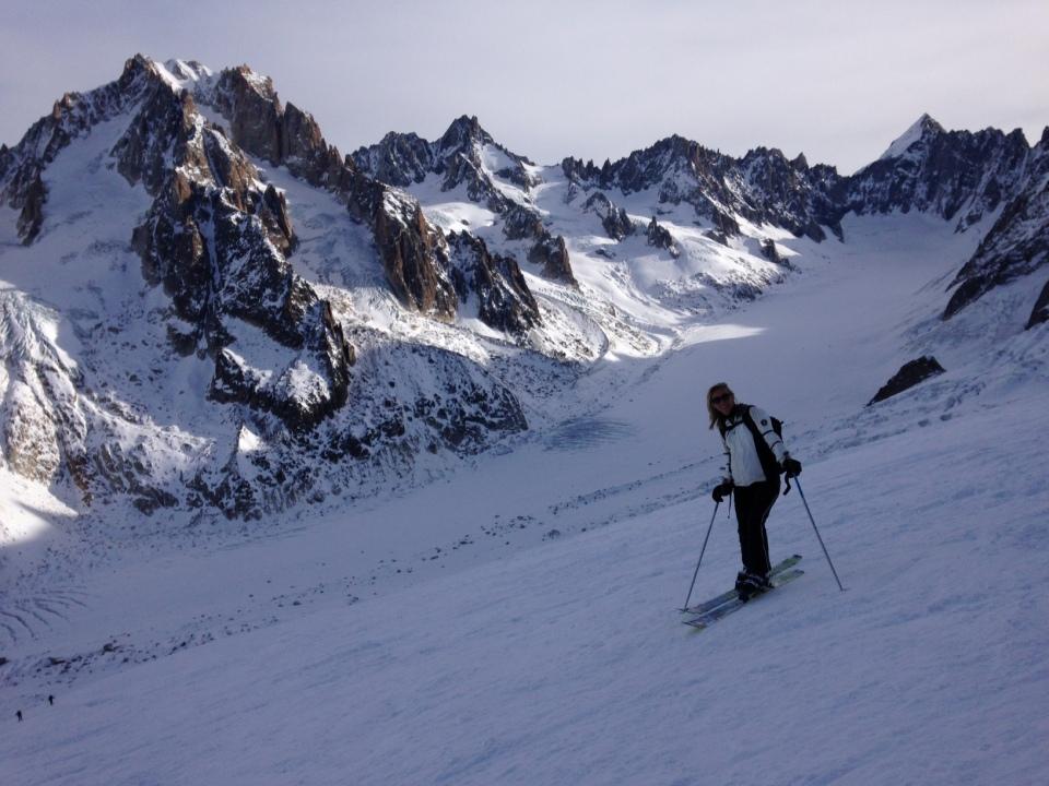 Parti du sommet du télé de Bochard, puis chaussé les peaux; direction col des Rachasses, Glacier du Rognon puis sommet des Grands Montets