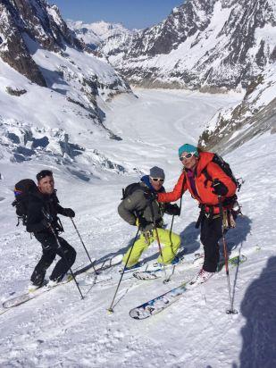 descente du Glacier de la Vierge pour rejoindre la noire.