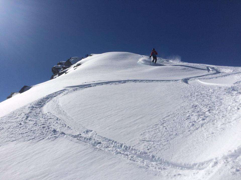 Au départ du sommet du télésiège des autans au Tour chamonix, la pointe de Bron, 800 metres de dénivelé, descente sur le village suisse de Trient