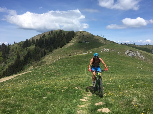Mountain bike enduro à la pointe de Brasse