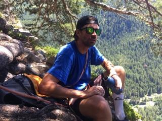 Lionel au sommet de La Barbourine a la falaise de Barberine