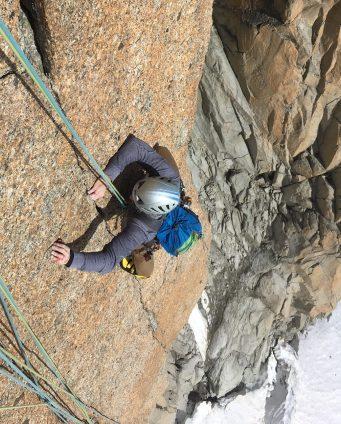 escalade en fissure a la Chandelle du Tacul Bonati Tabou