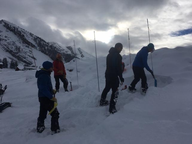 sauvetage avalanches avec l'ANENA