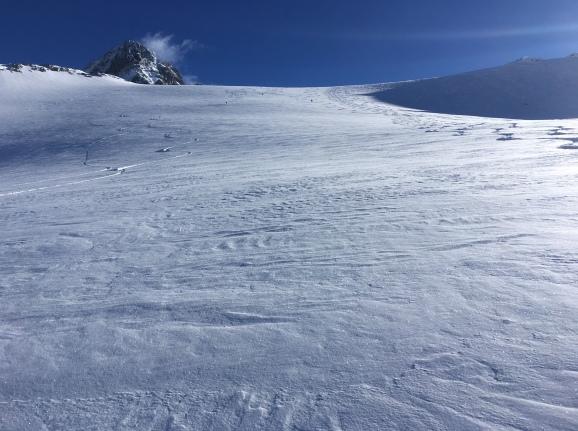 la première partie de la descente à ski du Col du Passon